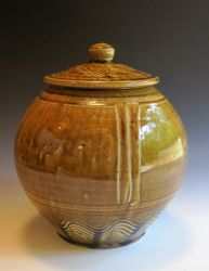 Ash-glazed-jar.jpg